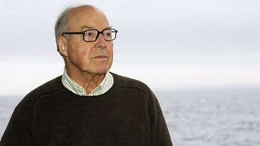 Profile: Hans Blix: 90 years of excellence