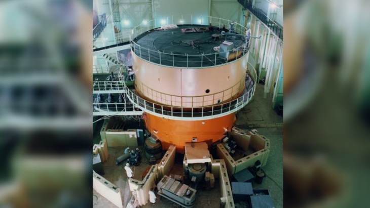 China clear to decommission its first research reactor