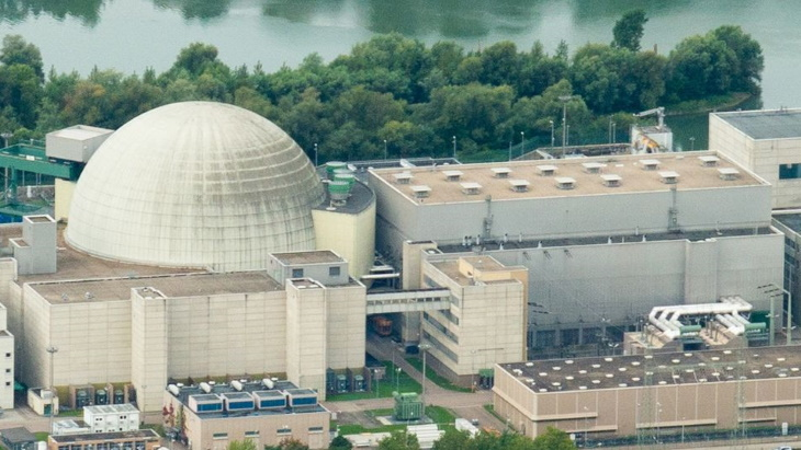 EnBW sets provisional date for cooling tower demolition