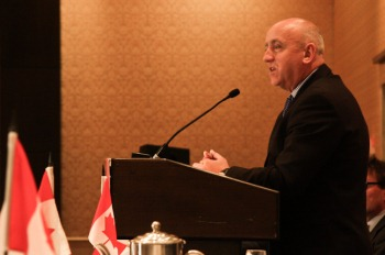 Duncan Hawthorne speaking to the Empire Club, January 2011 (Empire Club)
