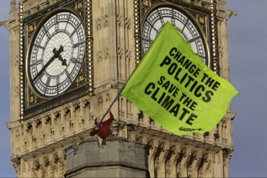 Greenpeace atop the Palace of Westminster (Greenpeace)