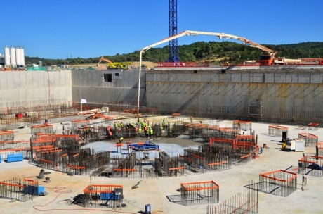 ITER Tokamak floor final pour 460