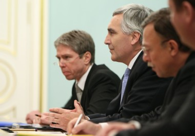 Loescher during Putin meeting (Alexsey Druginyn, STF)
