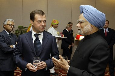 Medvedev and Singh (Presidential Press and Information Office)