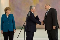 Merkel, Gauck and Altmaier, May 2012 (250x167)