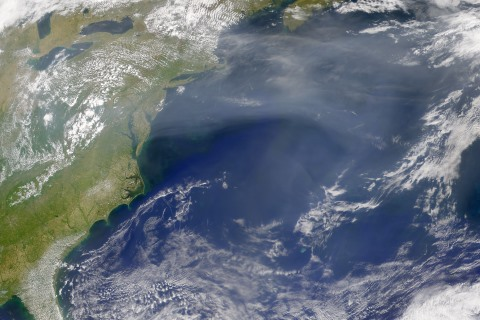 North American pollution cloud (NASA) 460x320