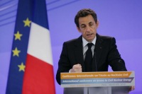 Sarkozy at Paris OECD meeting, March 2010 (Elysee - P. Segrette)