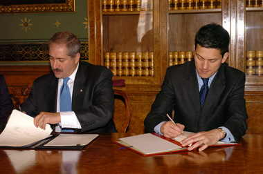 UK-Jordan agreement signing (Image: FCO)