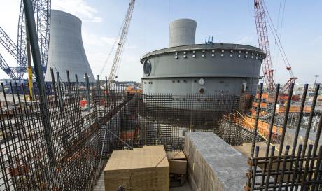 Vogtle_4_turbine_building_04-17_(Georgia_Power)-460