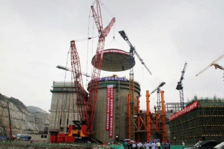 Yangjiang 2 dome lifting (CNECC)