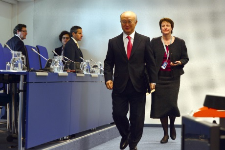 Amano at press conference (D Calma/IAEA)_460